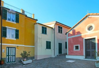 2 bedroom House for rent in Moneglia