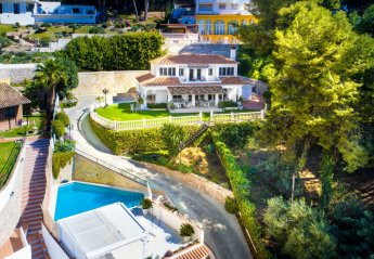 4 bedroom Villa for rent in Malaga