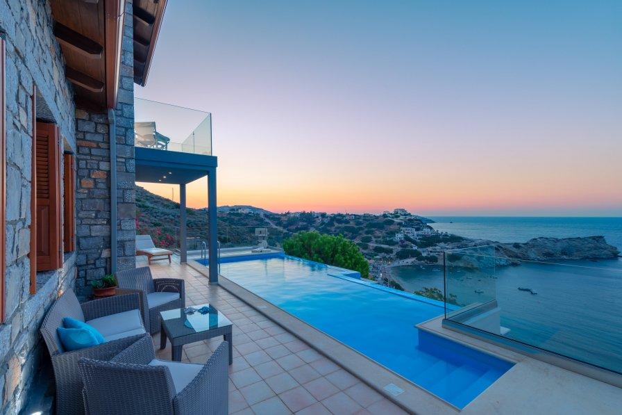 Villa in Greece, Ligaria