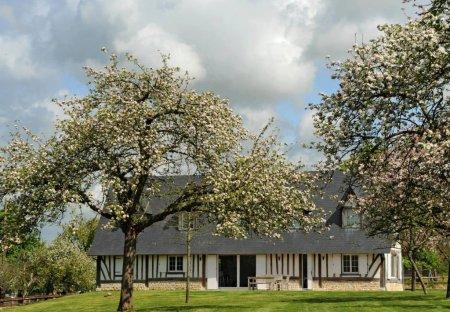 Villa in Quetteville, France