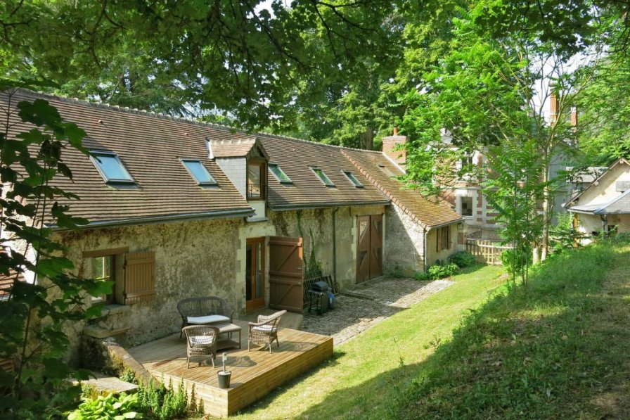 Cottage in France, Veuzain-sur-Loire