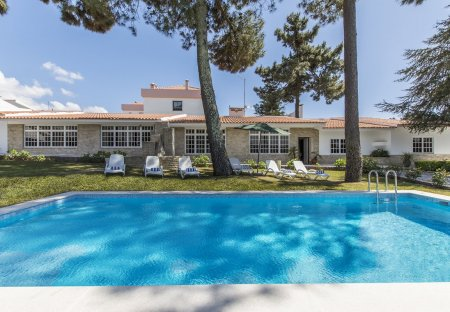 Villa in Marisol, Lisbon Metropolitan Area