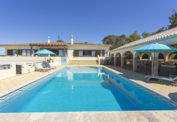 6 bedroom Villa for rent in Lagoa