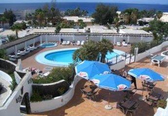 Apartment in Spain, Puerto del Carmen: Pool and Terrace