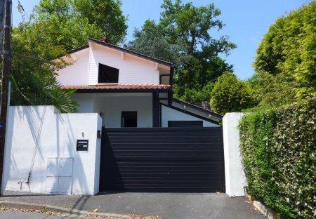 Villa in Beyris-Saint-Amand, France