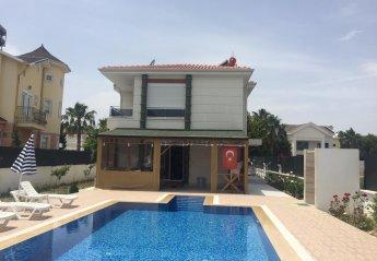 4 bedroom Villa for rent in Serik