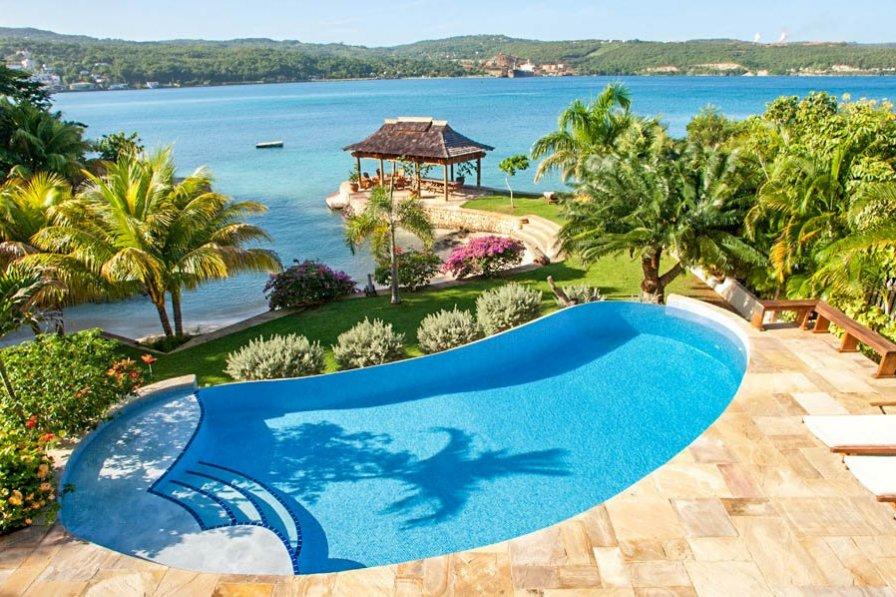 Owners abroad Iriye Estate