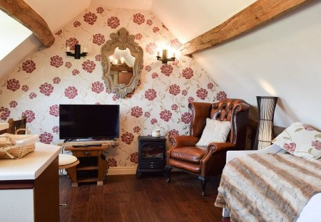 Apartment in Coughton, England