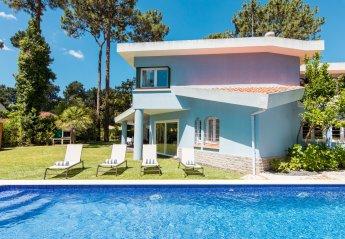 6 bedroom Villa for rent in Aroeira
