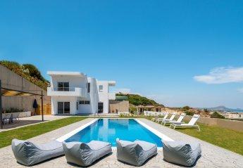 4 bedroom Villa for rent in Kolymbia