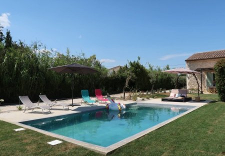 Villa in Châteaurenard Sud, the South of France