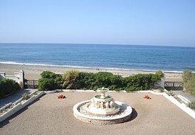 Beachhouse /  Villa  direct on the Beach
