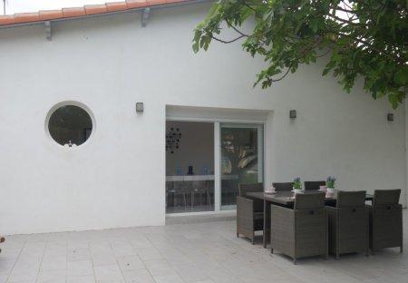 Villa in Saint-Pierre, France