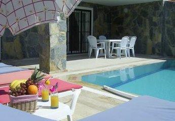 5 bedroom Villa for rent in Ladies Beach