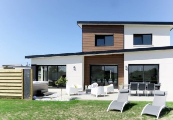 4 bedroom Villa for rent in Roscoff