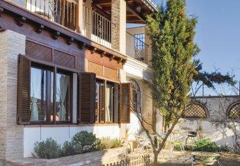 4 bedroom Villa for rent in Granada