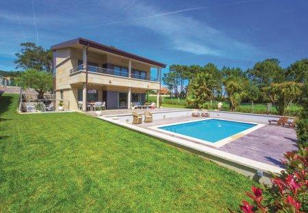 Villa in Oia, Spain