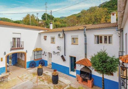 Villa in El Bosque, Spain