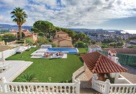 Villa in Urbanització Camp de l'Hort, Spain