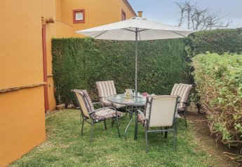 3 bedroom Villa for rent in Rota