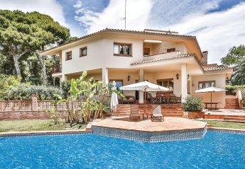 6 bedroom Villa for rent in Vilanova i la Geltru