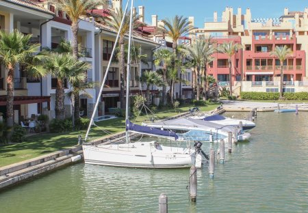 Apartment in Puerto Sotogrande, Spain