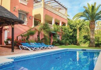 6 bedroom Villa for rent in El Rosario