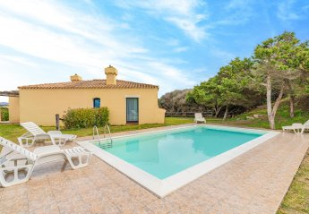 2 bedroom Villa for rent in Stintino