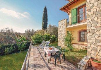 6 bedroom Villa for rent in Massarosa