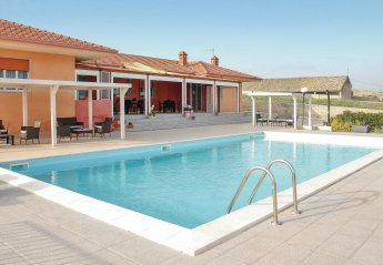 2 bedroom Villa for rent in Ragusa