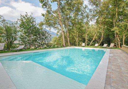 Apartment in Caprino Veronese, Italy