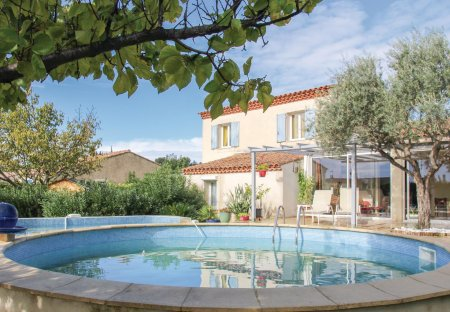 Villa in Saint-Chamas Nord, the South of France