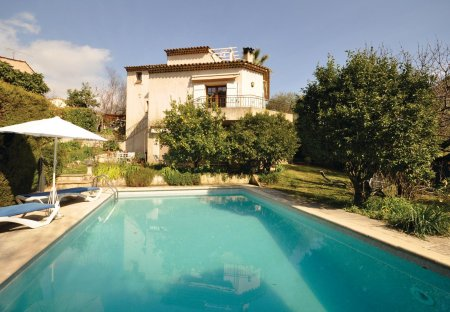 Villa in Sainte-Elisabeth, the South of France