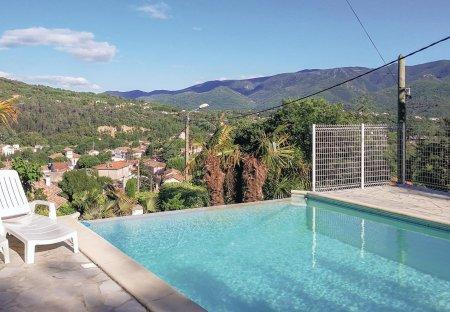 Villa in Lamalou-les-Bains, the South of France
