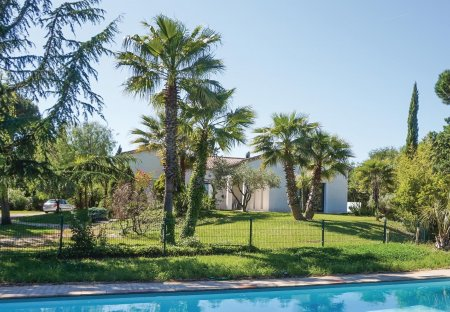 Villa in Béziers Right Bank, the South of France