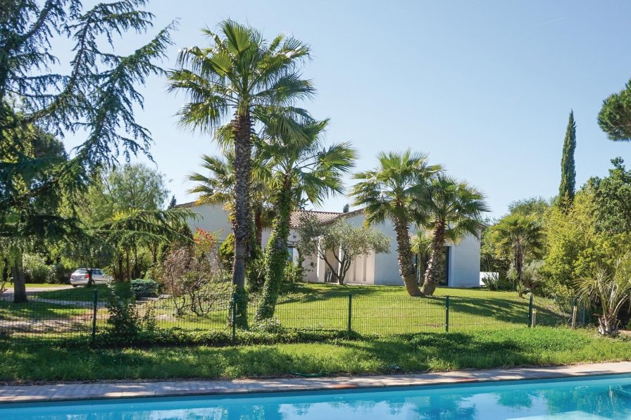 Villa in France, Béziers Right Bank