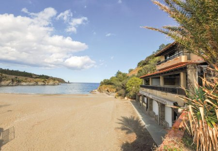 Studio Apartment in Ouest, the South of France
