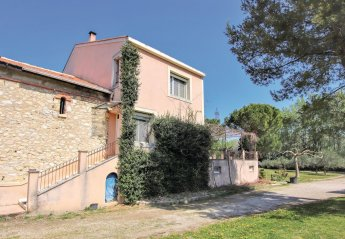 2 bedroom Villa for rent in Avignon