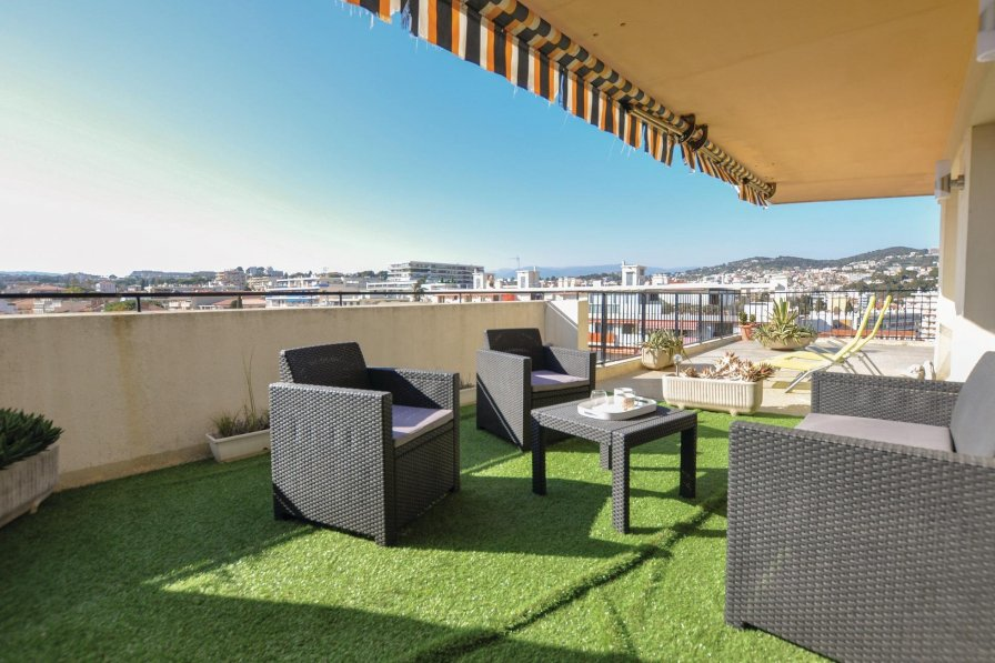 Apartment rental in Carnot, South of France