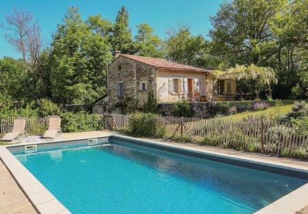 Villa in Le Poët-Laval, France