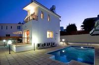 Villa in Cyprus, Coral Bay: Villa at Night