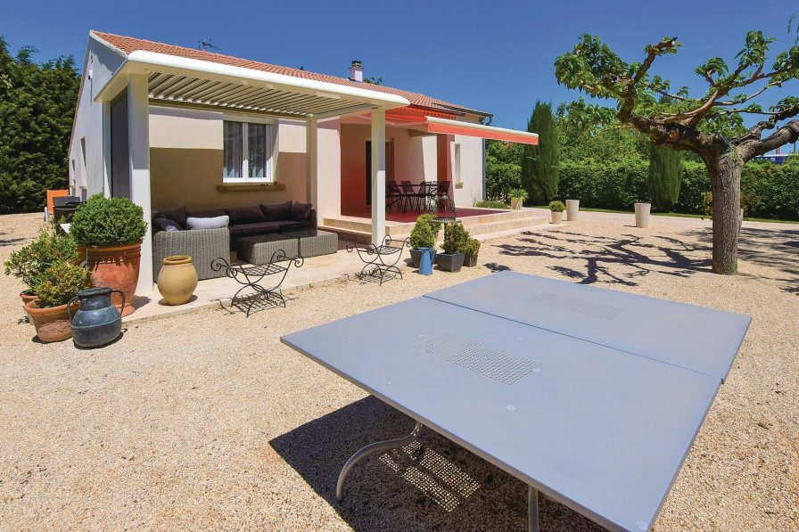Villa rental in Monteux, South of France