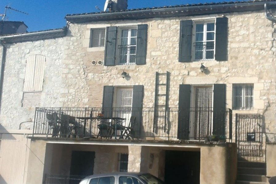 Town house in France, Monflanquin
