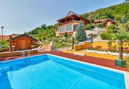 Villa in Madžarevo, Croatia