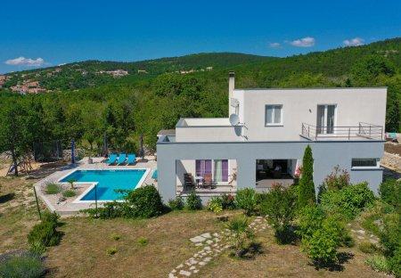 Villa in Opanci, Croatia