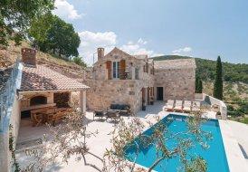 Villa in Dol, Croatia