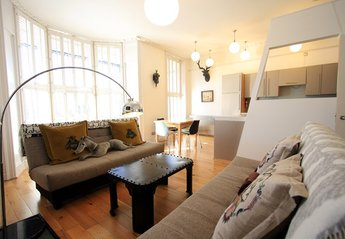 Apartment in United Kingdom, Queen'S Park: Lounge/diner
