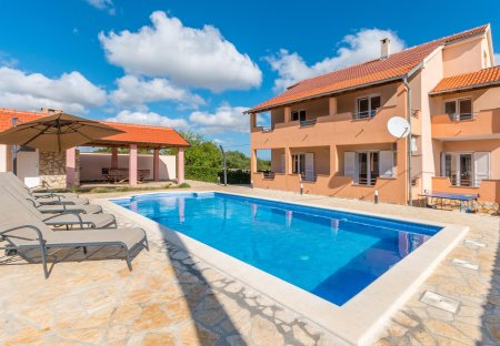 Villa in Lišane Tinjske, Croatia
