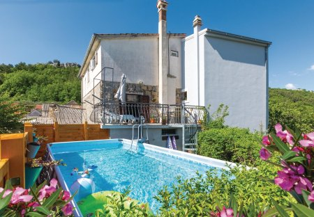 Villa in Zvečanje, Croatia