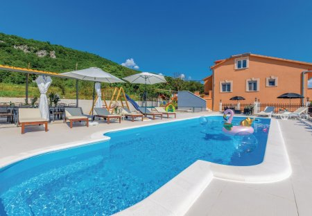 Villa in Bajagić, Croatia
